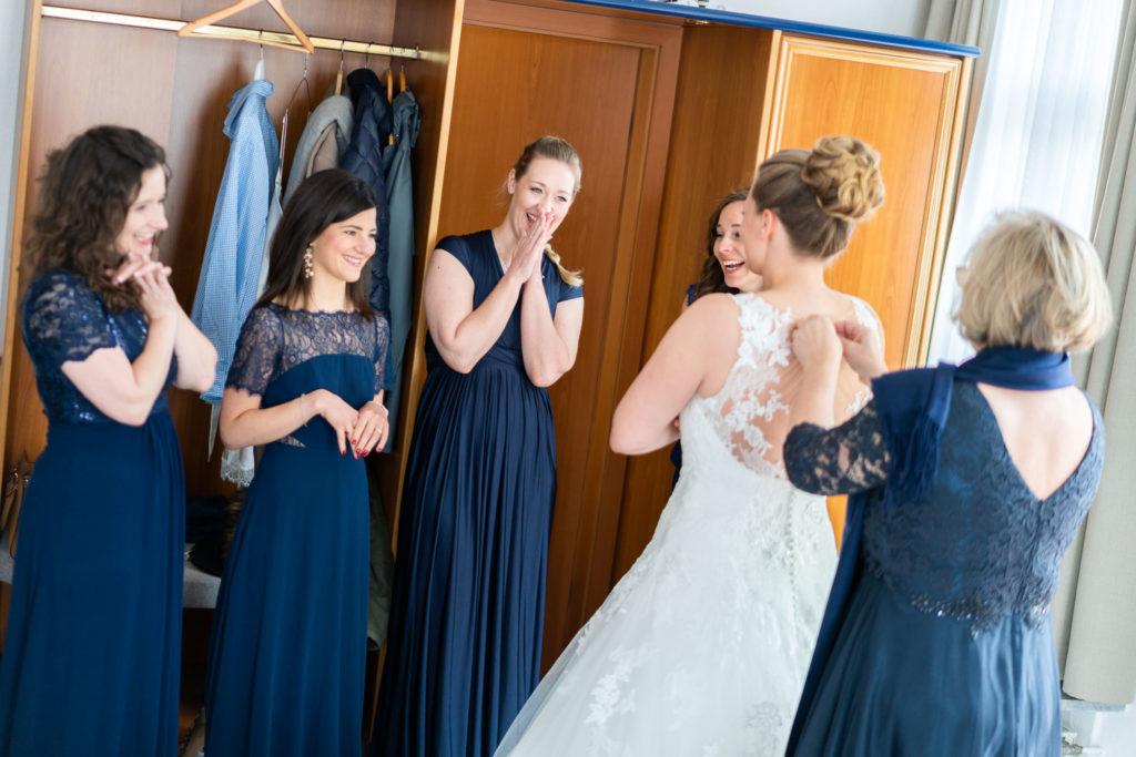 Hochzeit getting-ready Rheingau